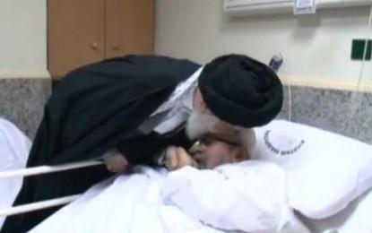 تصاویر بوسیدن سر عالم سعودی توسط رهبر انقلاب