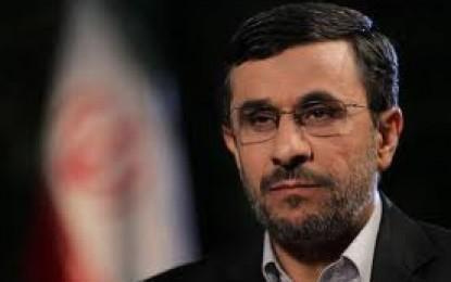 احمدینژاد:تجلیل ملت ایران نژادپرستی نیست