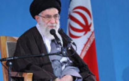 پاسخ رهبر انقلاب به ۱۰ پرسش درباره مبارزه تاریخی ملت ایران با آمریکا